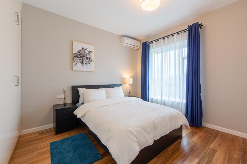 118平方現代臥室床頭柜裝修設計圖一覽