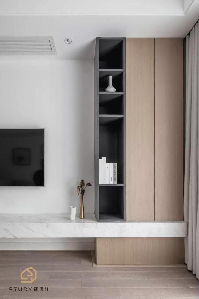 119平米簡約現代二居客廳儲物柜設計圖片