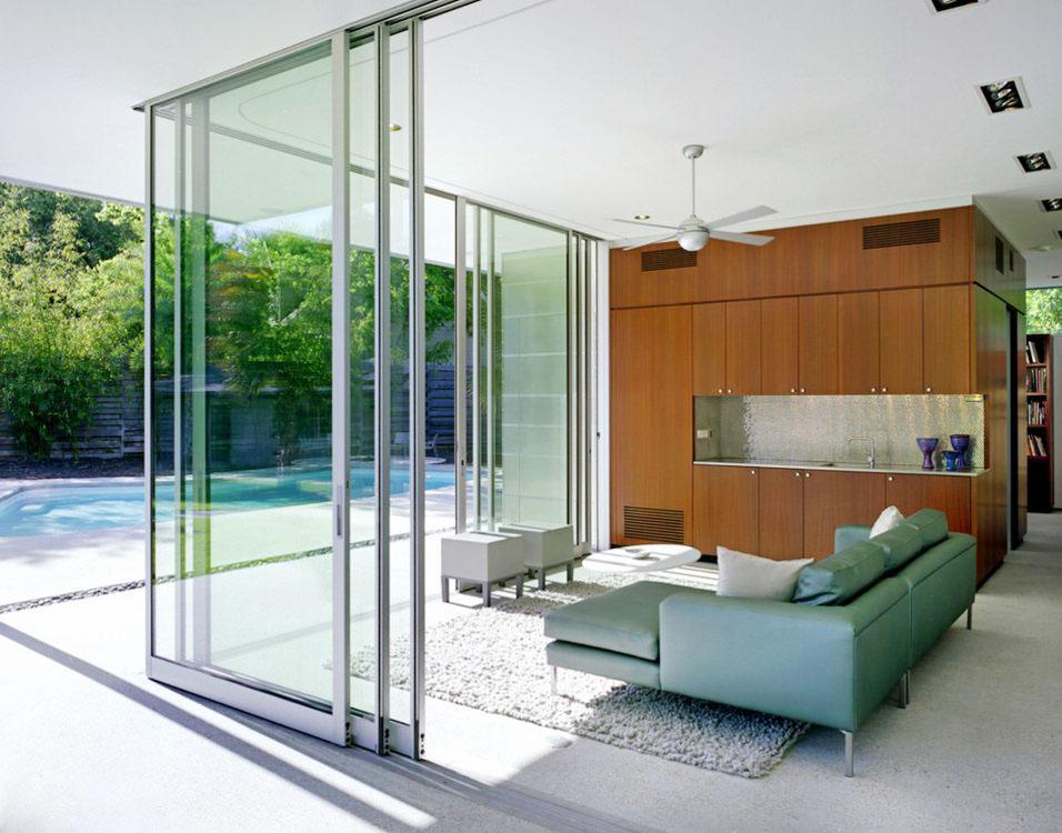 現代風格別墅室內玻璃房效果圖