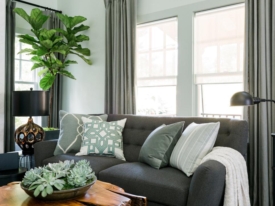 國外別墅客廳布藝沙發搭配設計圖片