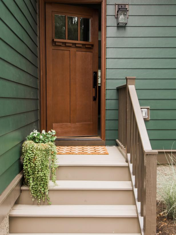 國外家庭私人別墅進門樓梯設計圖片