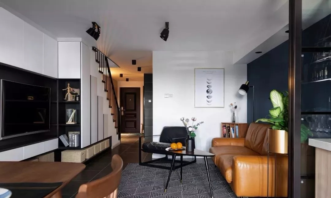 簡約87平米三居客廳裝修圖片