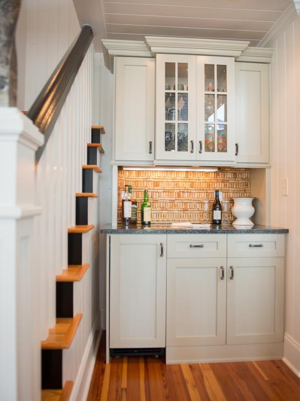 2019北歐風格家庭樓梯下儲物空間設計圖片