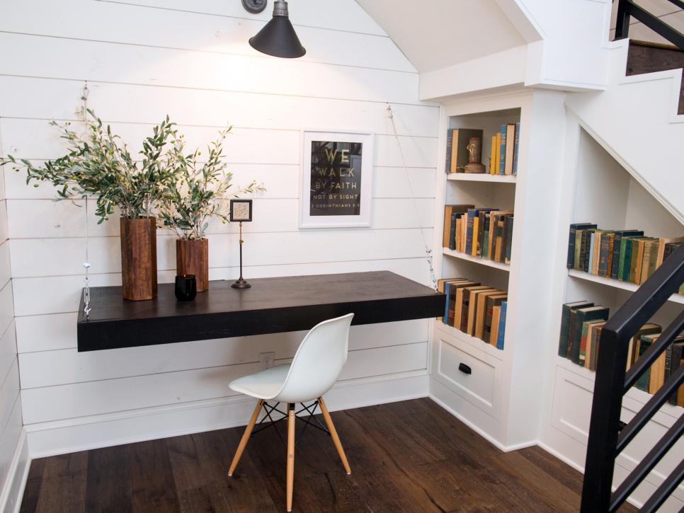 2019北歐風格家庭樓梯間小書房背景墻設計圖片