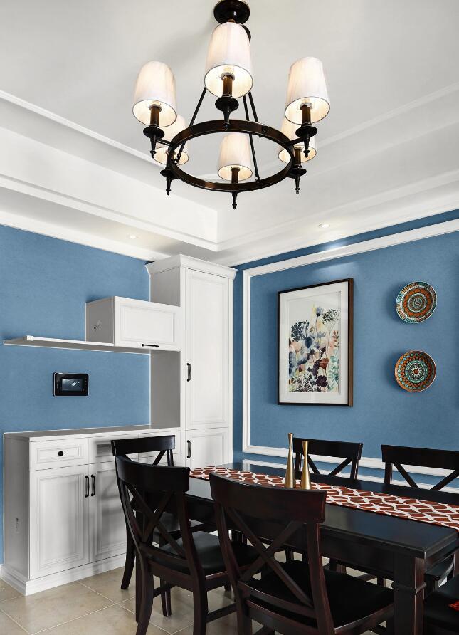 2019兩居裝修樣板房餐廳吊頂燈具設計效果圖