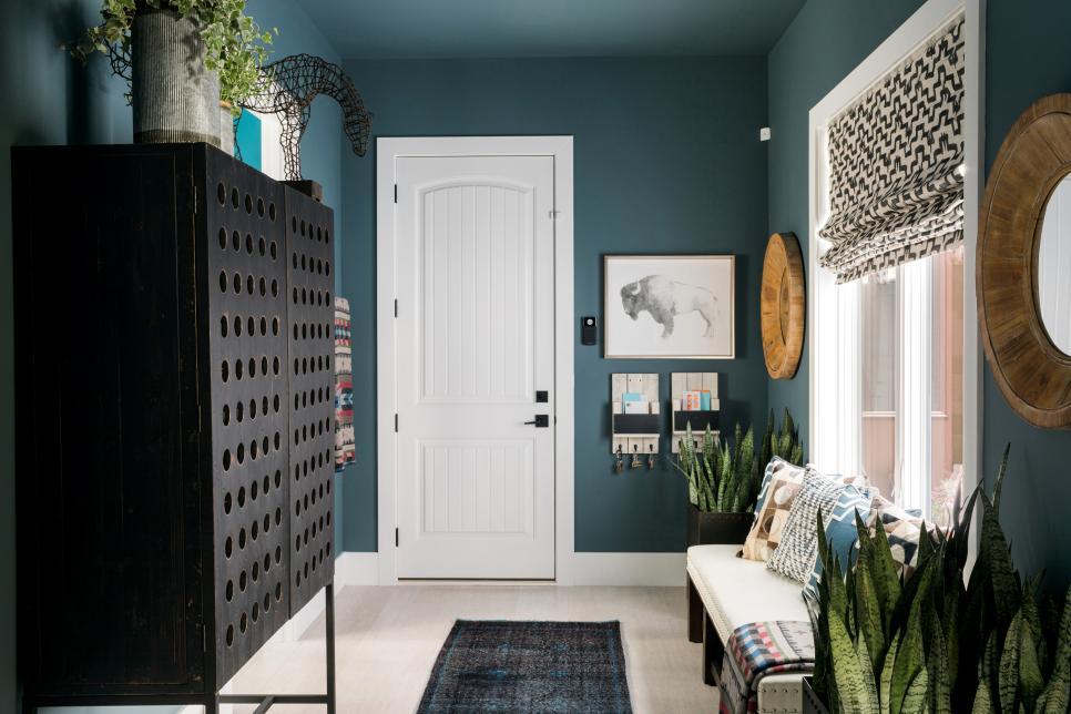 2019溫馨家庭室內過道休閑沙發擺設圖