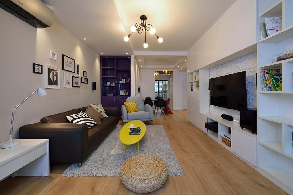 保利心語現代簡約110平三居室客廳裝修案例