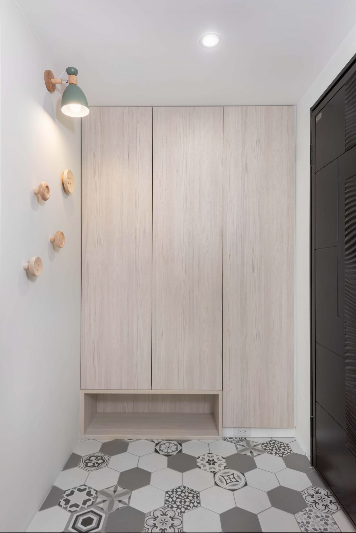北歐風格房屋玄關柜子裝修設計效果圖賞析