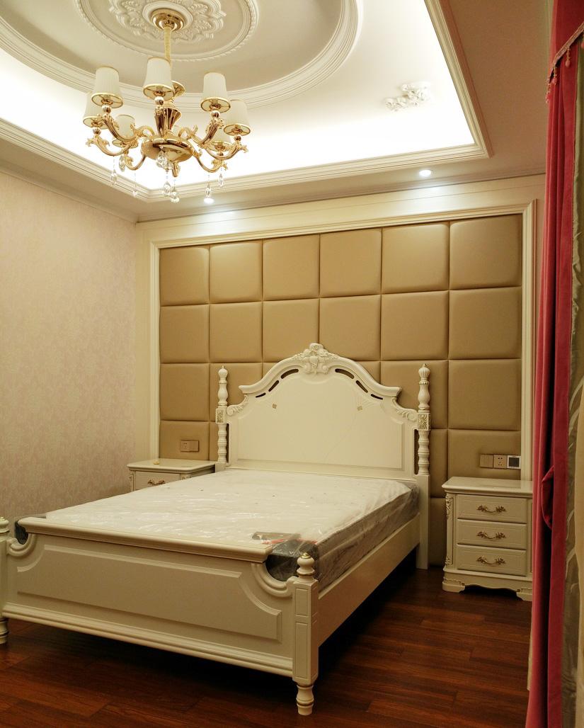別墅簡歐臥室床頭背景墻裝修效果圖片