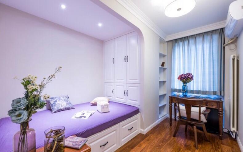 單身公寓樣板房榻榻米衣柜裝修效果圖