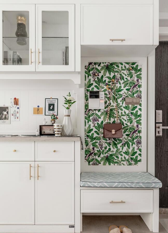 房屋進門玄關柜子設計效果圖片欣賞
