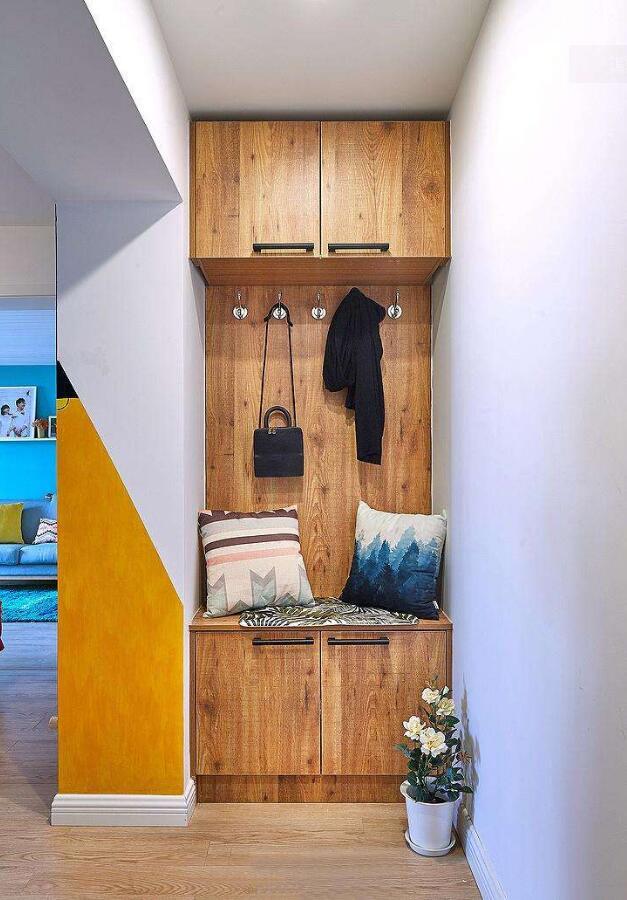 房屋玄關鞋柜實木裝潢設計效果圖一覽