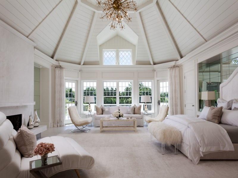 豪華別墅美式主臥室木質吊頂裝修效果圖片