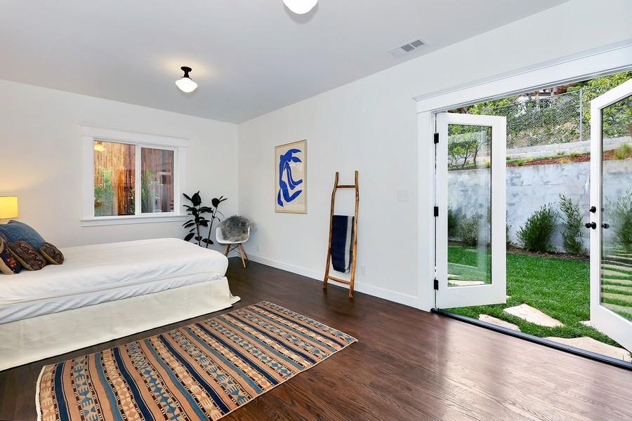 簡約風格的庭院別墅裝修設計效果圖
