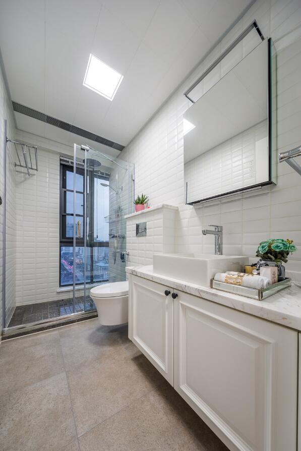 兩居裝修樣板房衛生間浴室柜設計效果圖