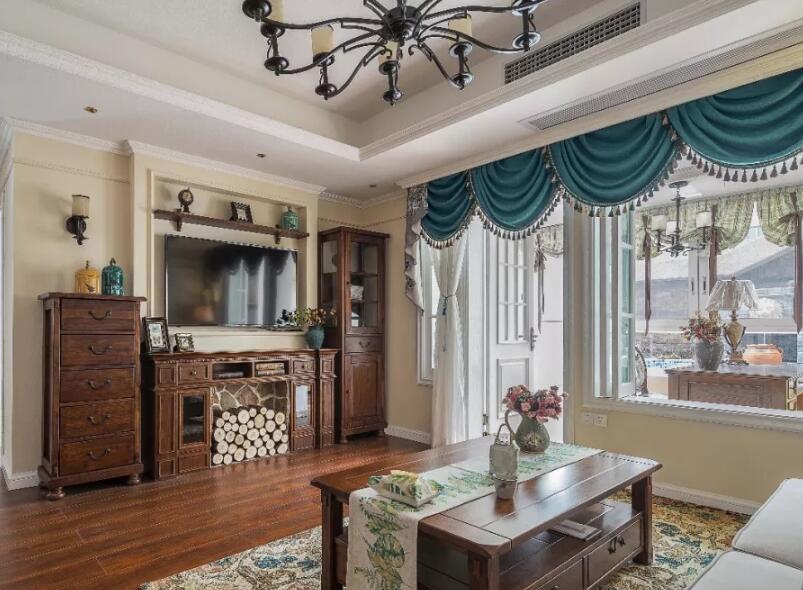 美式風格住宅客廳斗柜裝修擺放設計圖賞析