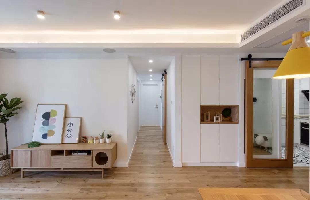 群升江山城120平米三居室現代簡約風格玄關裝修效果圖