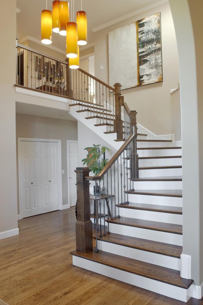 現代簡歐豪華別墅木樓梯扶手設計裝修效果圖