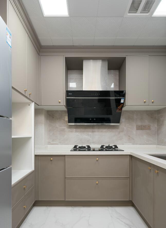現代簡約風格兩居樣板房廚房裝修設計效果圖